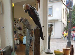 Skulptur Papagei